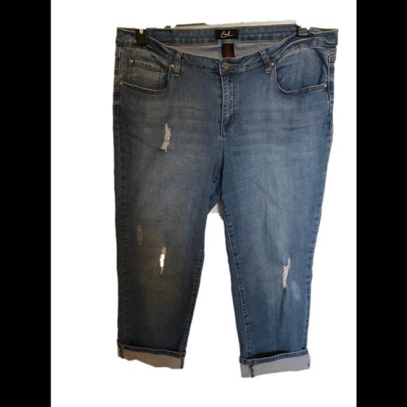 55368666359 Earl Jeans Denim - plus size Earl Jeans distressed cuffed capri
